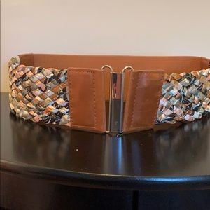 Accessories - Brown wide elastic belt with woven accent